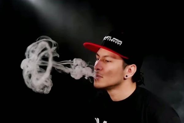 Các kỹ thuật phà khói vape đơn giản mà bạn nên biết
