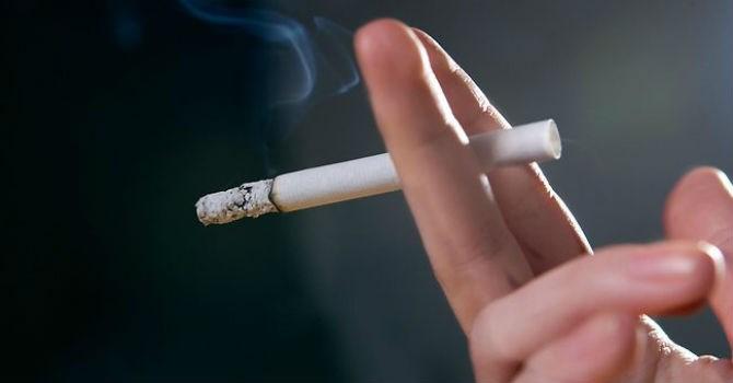 Cách cai thuốc lá tuyệt vời khi dùng tinh dầu vape giá rẻ